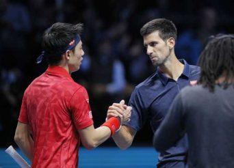 Djokovic slår Nishikori enkelt.