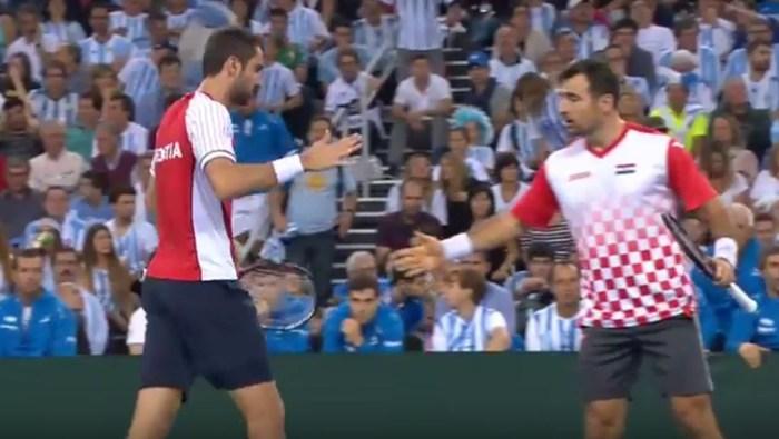 Kroatien vinner dubbeln.